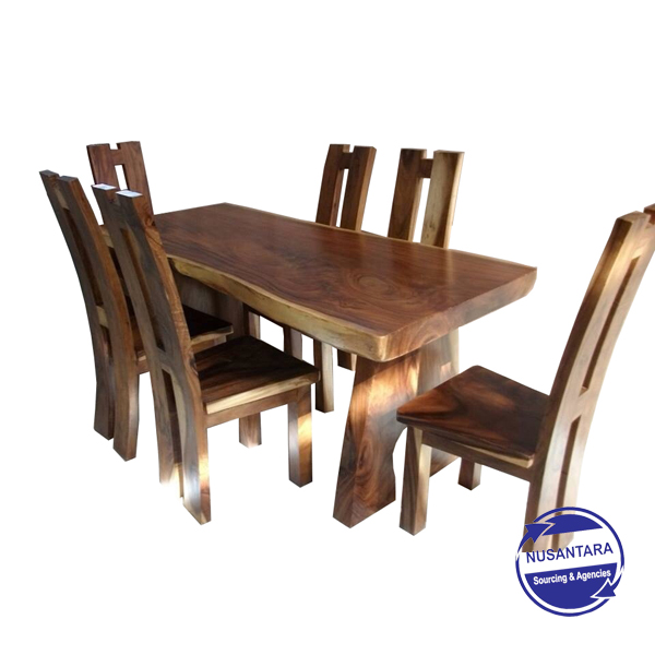 Live Edge Suar Wood Dining Table Hardja